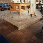 qp_comm_ungl_church